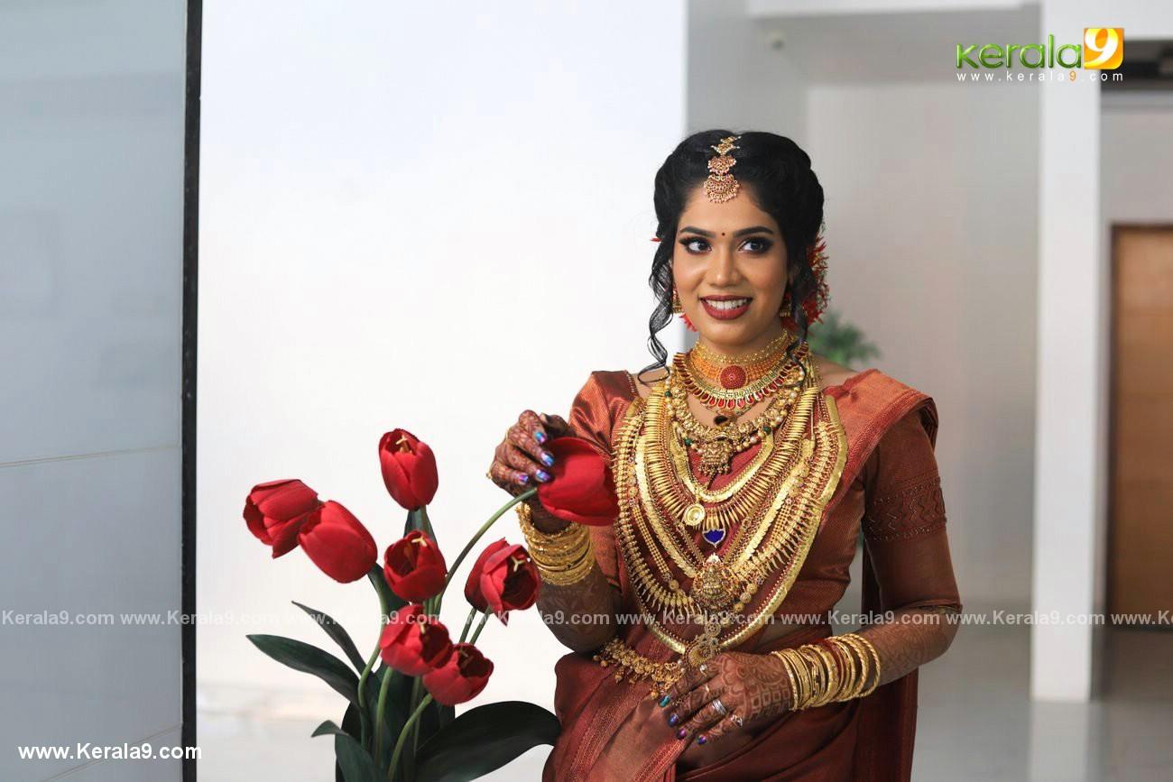 athira madhav marriage photos 0082 003 - Kerala9.com