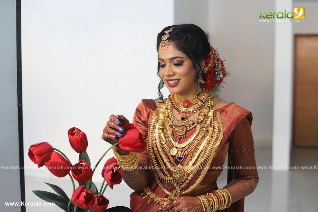 athira madhav marriage photos 0082 004 - Kerala9.com