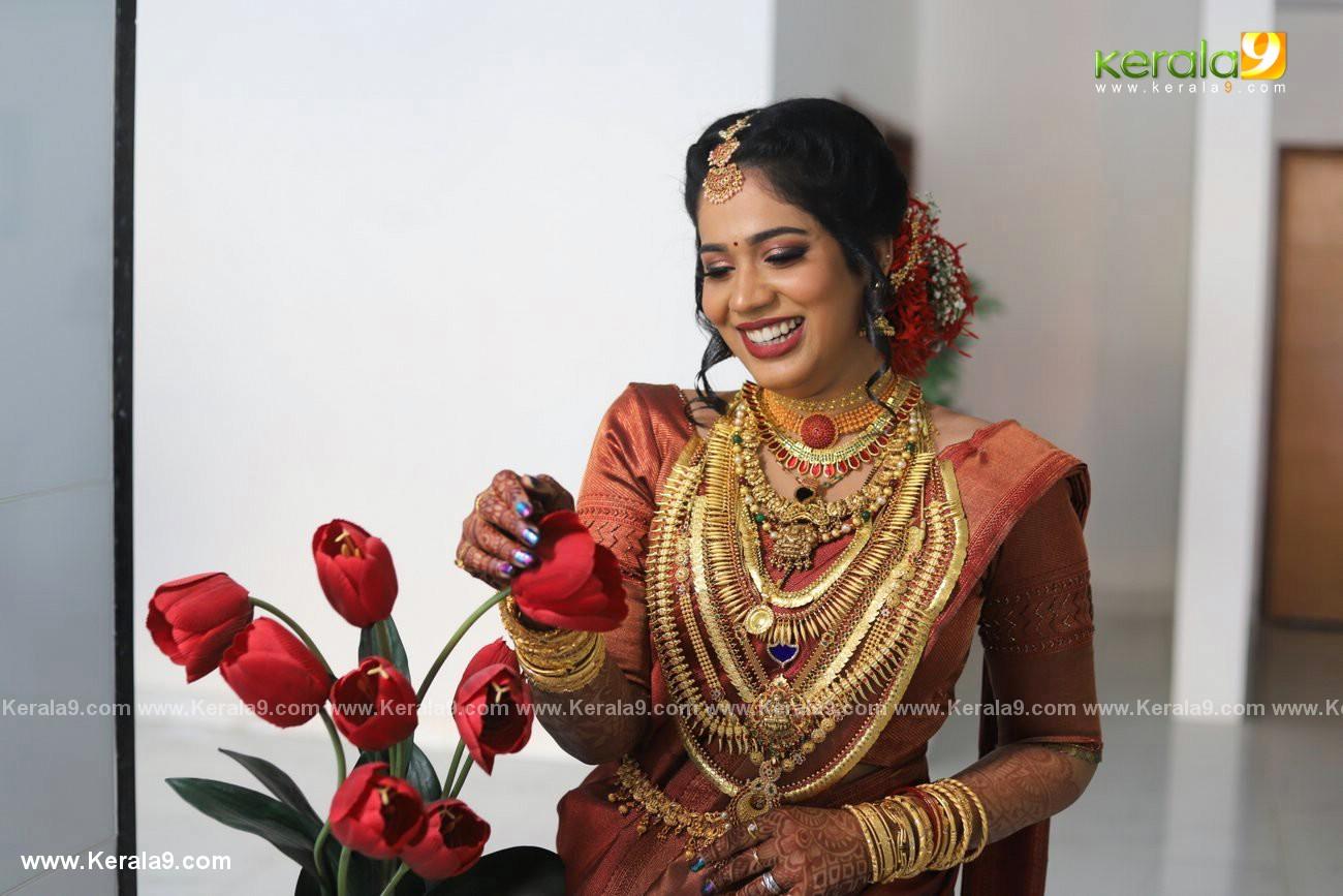 athira madhav marriage photos 0082 005 - Kerala9.com
