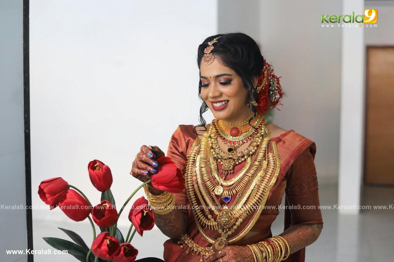 athira madhav wedding photos 0082 005 - Kerala9.com