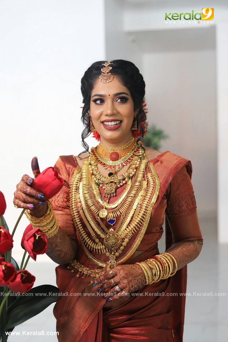 athira madhav wedding photos 0082 010 - Kerala9.com