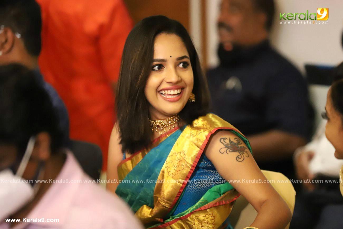 athira madhav wedding photos 0082 017 - Kerala9.com