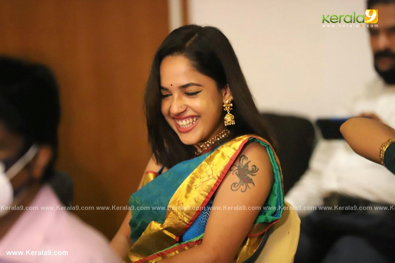 athira madhav wedding photos 0082 020 - Kerala9.com
