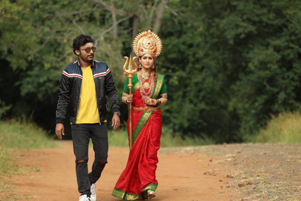 mookuthi amman new movie photos 002
