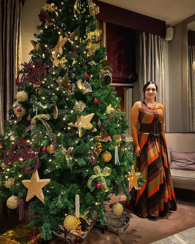 Celebrities Christmas Celebration Photos 2020 011