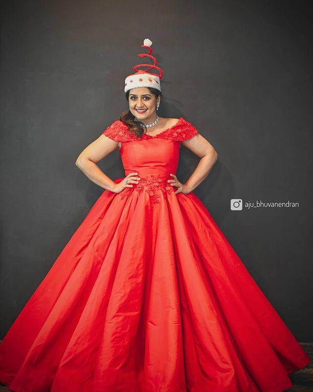 Celebrities Christmas Celebration Photos 2020 013