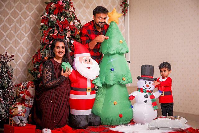 Celebrities Christmas Celebration Photos 2020 023