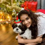 Celebrities-Christmas-Celebration-Photos-2020-035