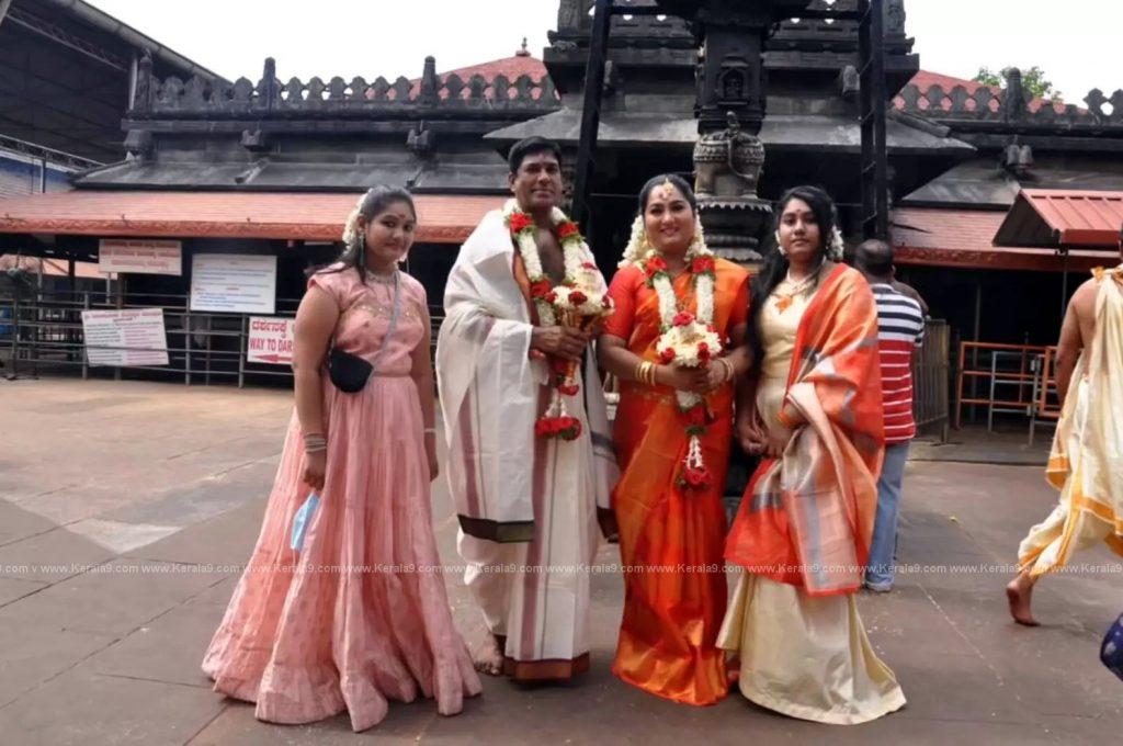 Malayalam Actress Yamuna Wedding Photos 003