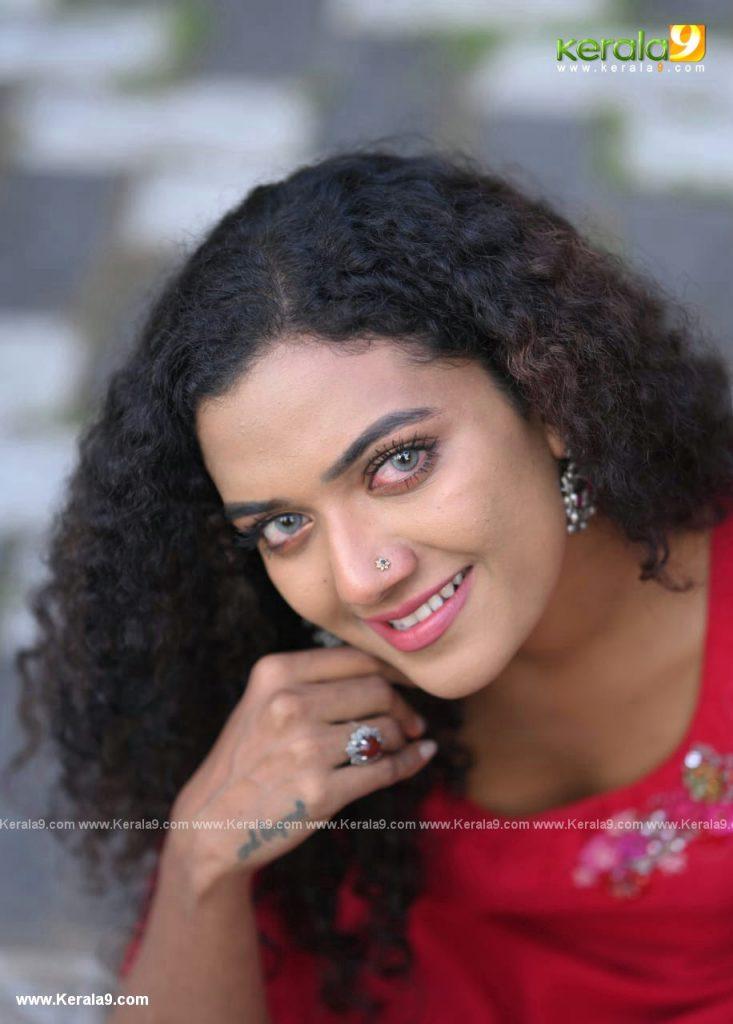 Randu Malayalam Movie Photos