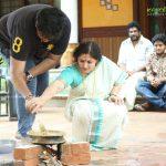 actress-Annie-performs-attukal-pongala-2021-photos-019