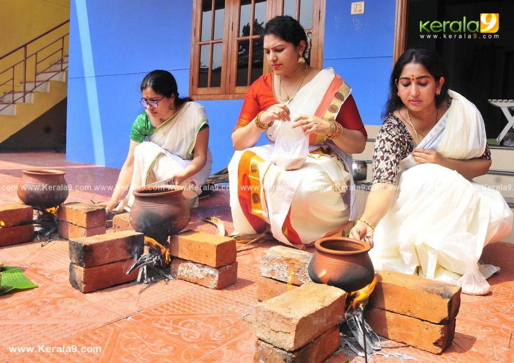 actress performs attukal pongala 2021 photos 004 - Kerala9.com