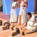 actress-performs-attukal-pongala-2021-photos-009