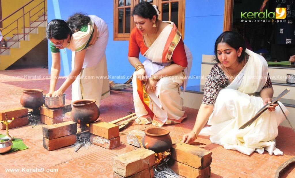 actress performs attukal pongala 2021 photos 011 - Kerala9.com