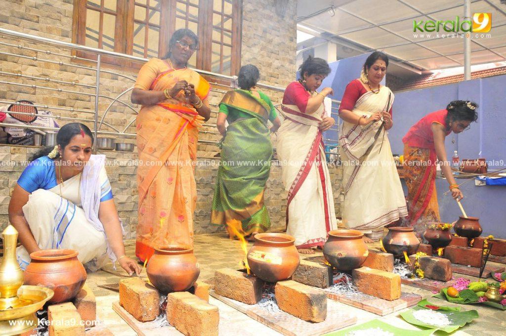 actress performs attukal pongala 2021 photos 014 - Kerala9.com