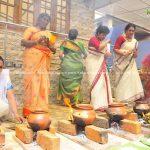 actress-performs-attukal-pongala-2021-photos-014