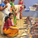 actress-performs-attukal-pongala-2021-photos-017