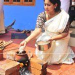 actress-performs-attukal-pongala-2021-photos