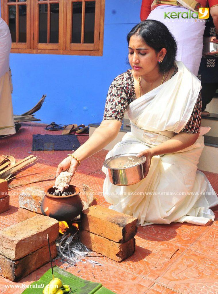 actress performs attukal pongala 2021 photos - Kerala9.com