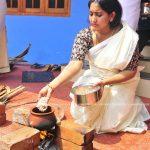 serial-actress-performs-attukal-pongala-2021-photos-006