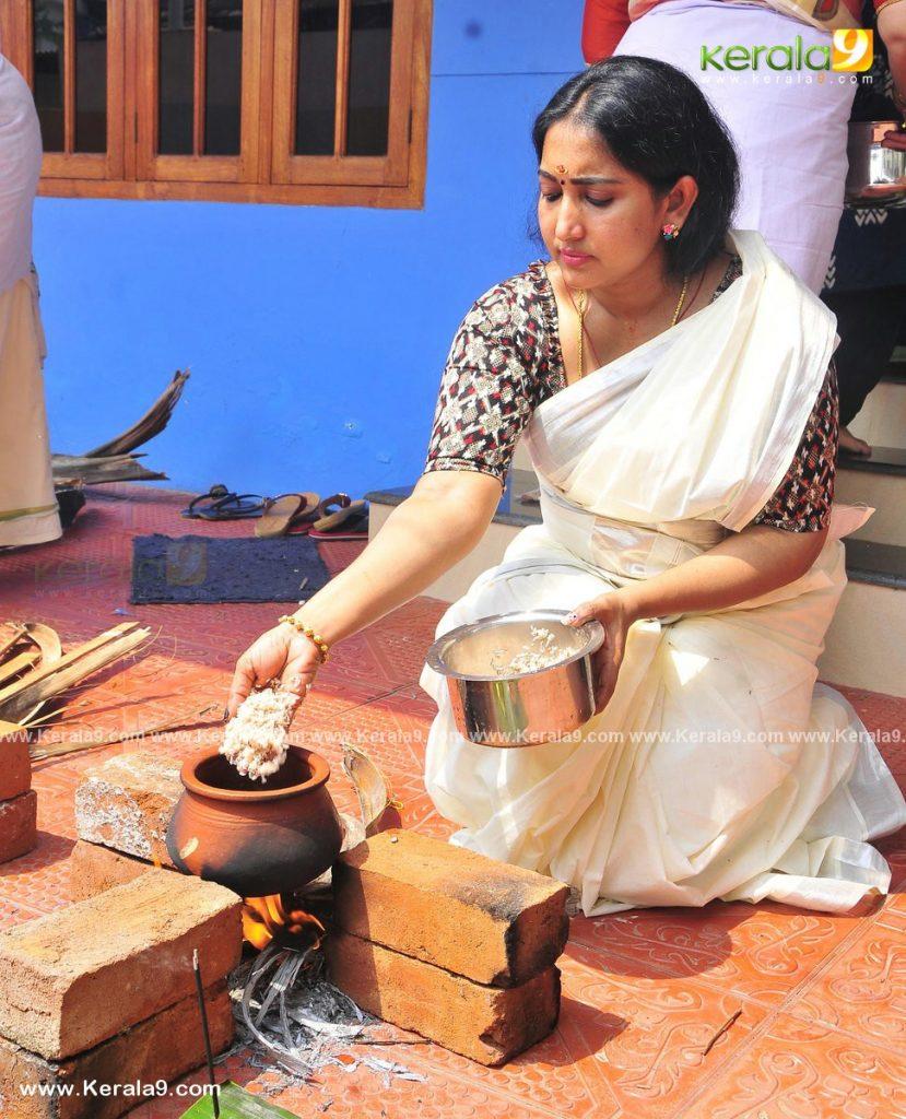 serial actress performs attukal pongala 2021 photos 006 - Kerala9.com