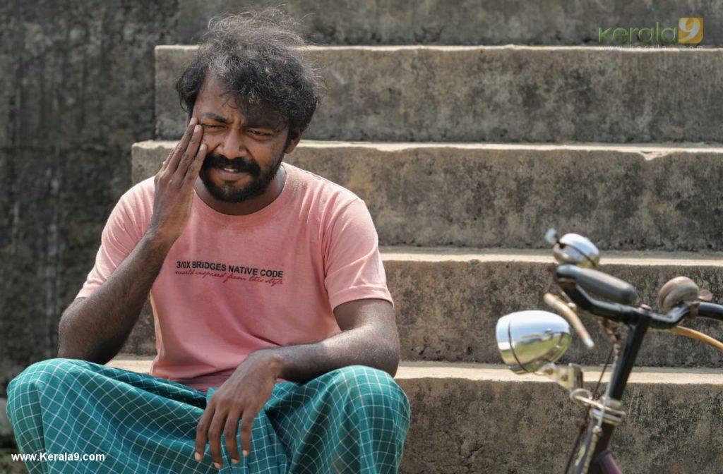 Vishnu Unnikrishnan in red river movie photos