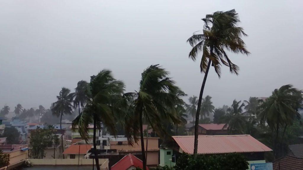 Strong wind kerala