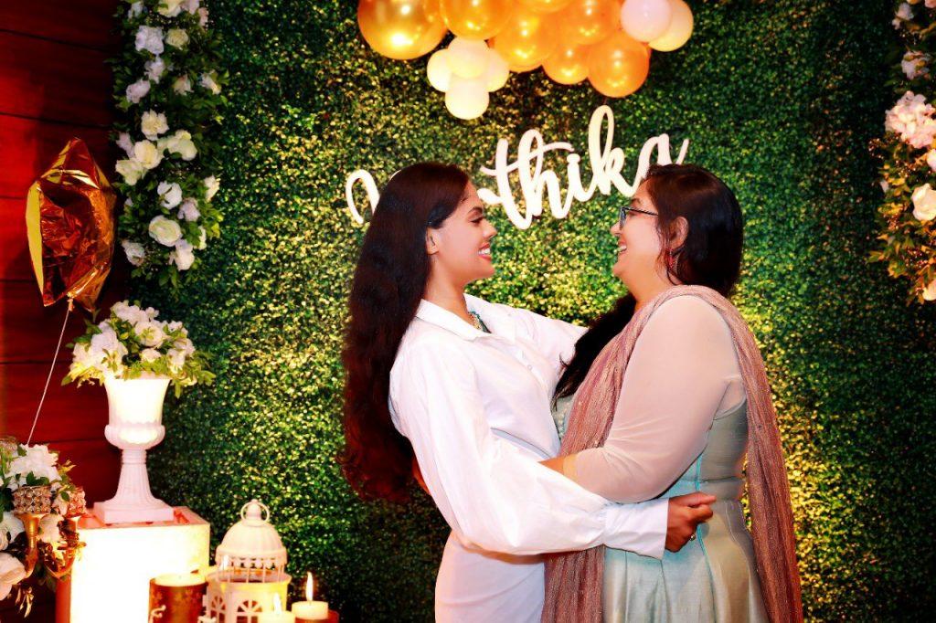 actress karthika nair birthday celebration photos 006