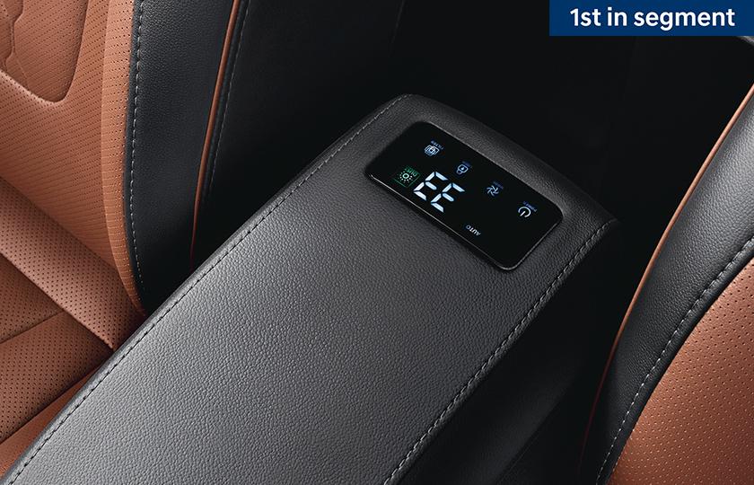 hyundai alcazar 7 seater interior photos 021 004