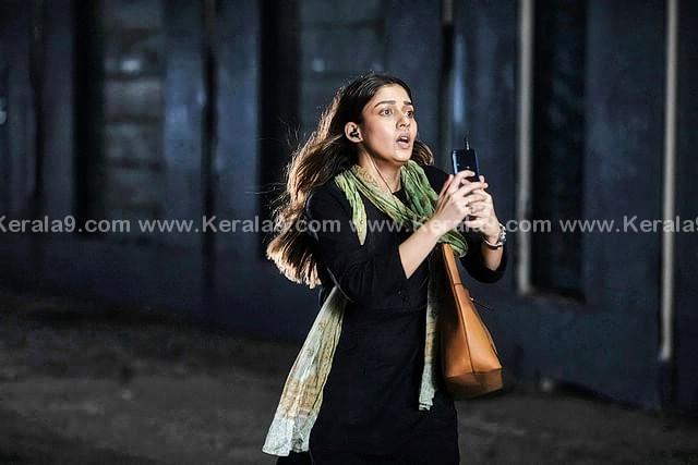 nayanthara in Netrikann Movie Photos 012