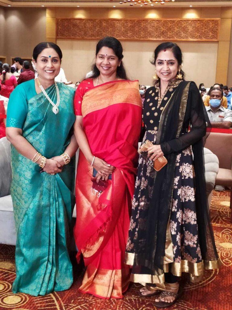 saranya ponvannan daughter wedding photos 008