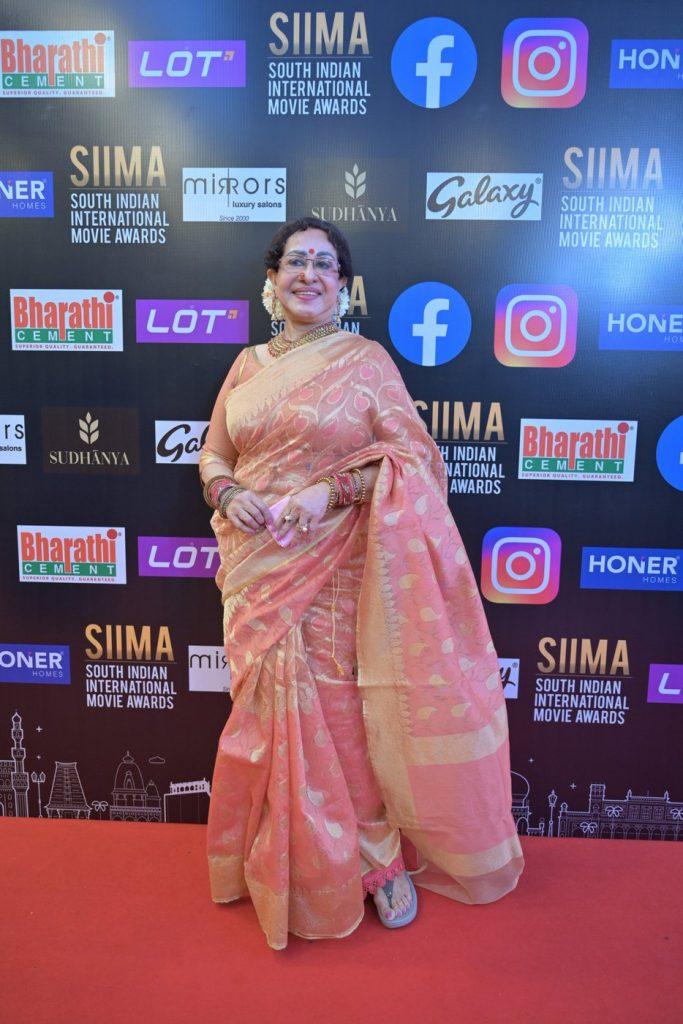 Sheela at SIIMA 2021 photos 1