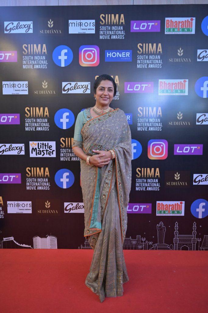 Suhasini Maniratnam SIIMA 2021 photos 1