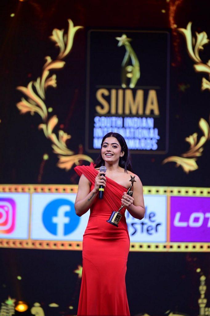 best actress Rashmika Mandanna at SIIMA 2021 photos