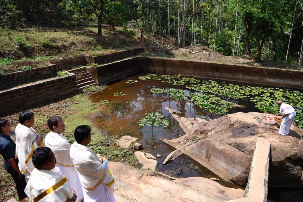 rahul-gandhi-at-thirunelli-temple - RahulGandhi-visits-the-Thirunelli-Temple-007.jpg